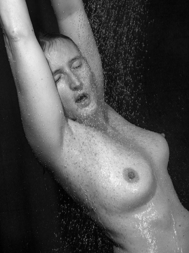 une douche bien agr%C3%A9able 10 artistic nude artwork by photographer dick