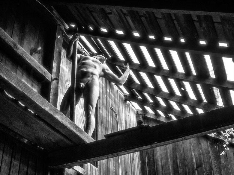 upward artistic nude photo by model avid light