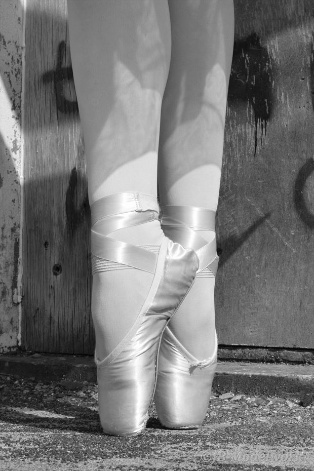 urbex ballerina project expressive portrait photo by photographer jb modelwork