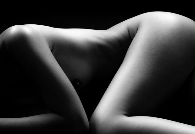 v artistic nude photo by photographer allan taylor