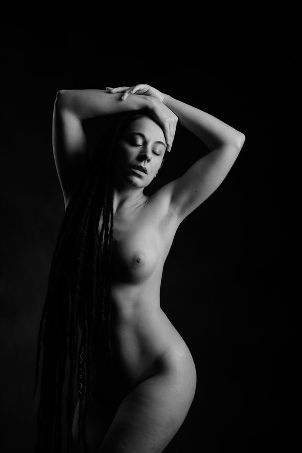 valentina artistic nude photo by photographer andyd10