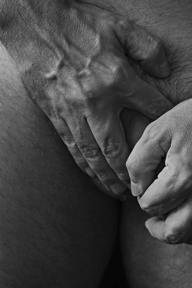 veins b w erotic photo by photographer gustavo combariza