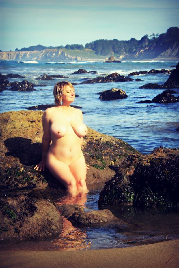 venus in the tide pool artistic nude photo by artist annedelion