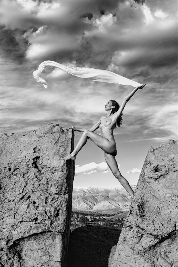 venus of the sierra s artistic nude photo by photographer philip turner