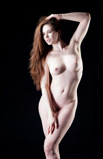 venus pose artistic nude photo by photographer stenning