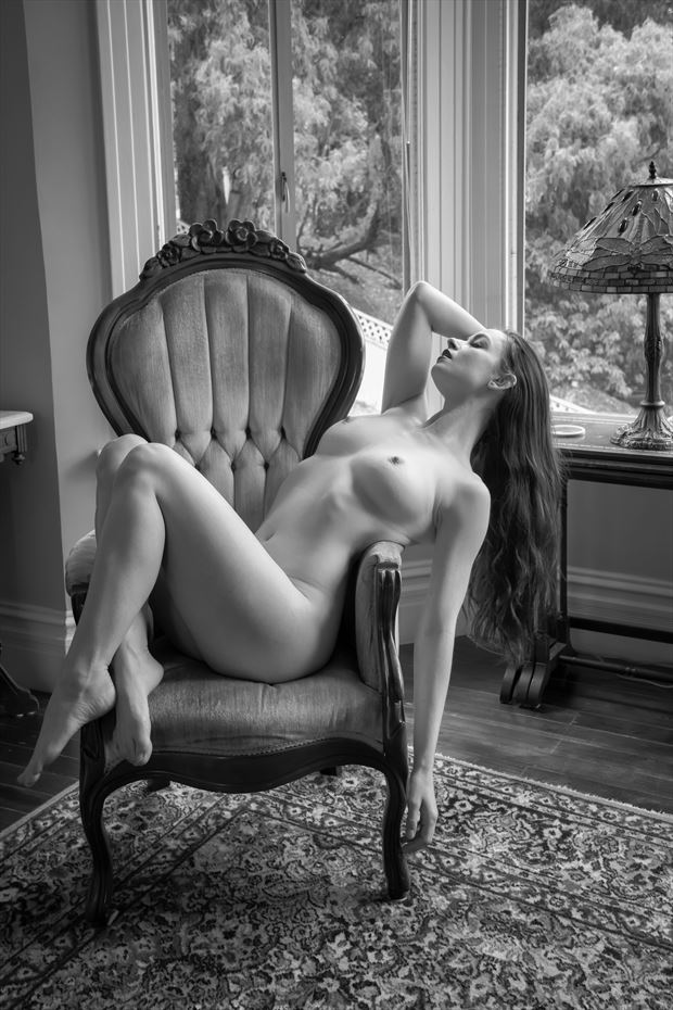 victorian jewel artistic nude photo by photographer philip turner