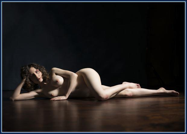 view of the floor artistic nude photo by photographer tommy 2 s