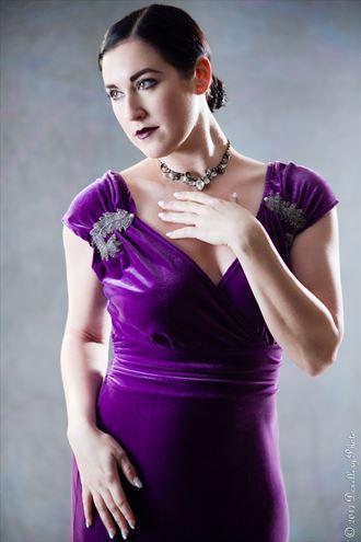 vintage style glamour photo by model sara tiara
