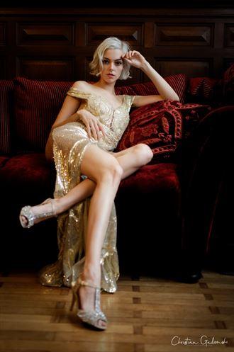 vintage style glamour photo by photographer christian gadomski