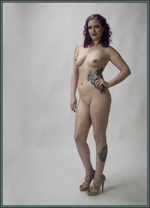 violet artistic nude photo by photographer tommy 2 s