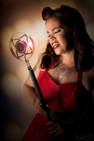 voice of an angel pinup photo by photographer mountography