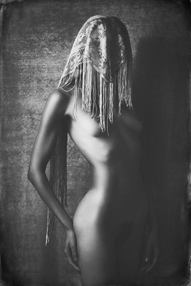 vulnerability artistic nude photo by photographer robin burch