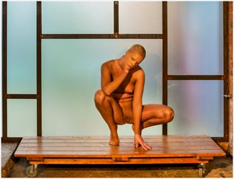 waiting artistic nude photo by photographer gee virdi