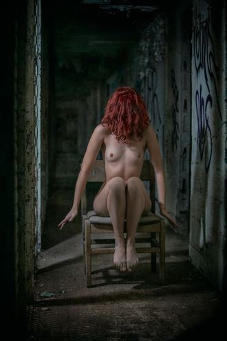waiting to exhale artistic nude photo by photographer jonathan c