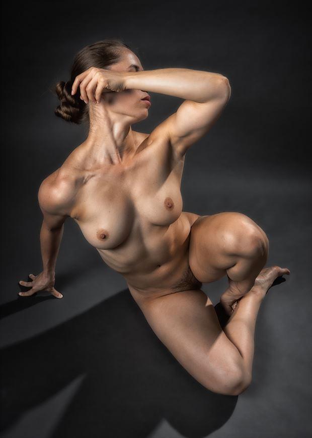 wana arm wrestle artistic nude photo by photographer rick jolson