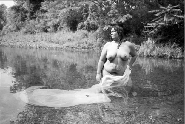 water siren 1 artistic nude photo by photographer pwphoto