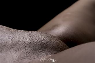 waterdrops on the hill artistic nude artwork by photographer patrik andersson