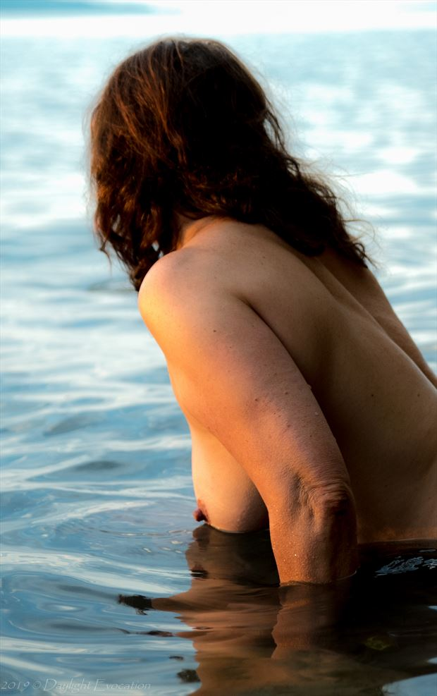waters edge artistic nude photo by photographer daylight evocation