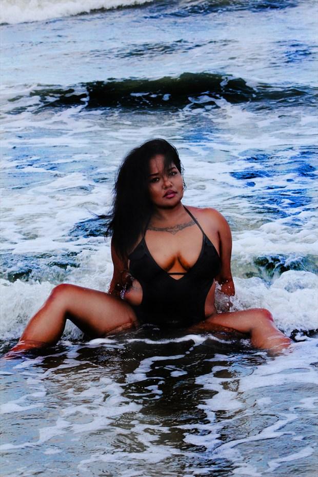 wave 2 Bikini Photo by Model Contonia Wright