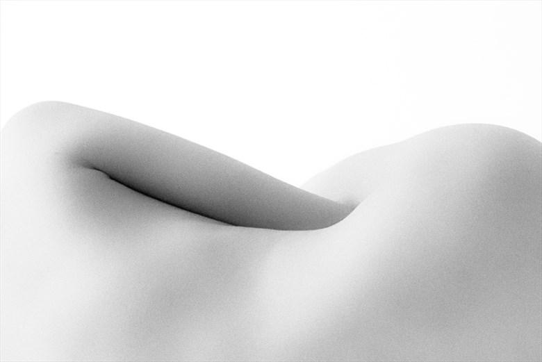 waves Artistic Nude Photo by Photographer Acqua e sapone