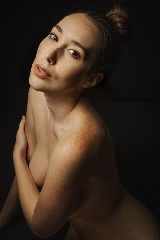 willa artistic nude photo by photographer eric delaforce
