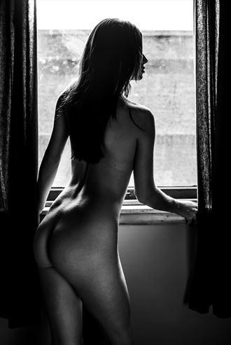 window light sensual photo by photographer shutterman