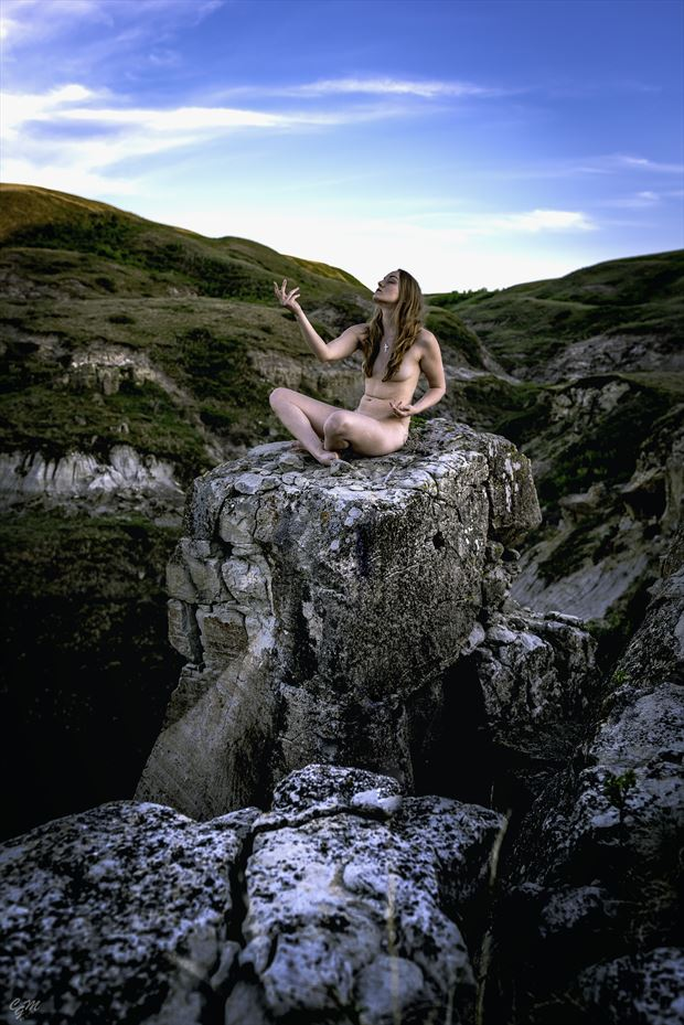 wishing artistic nude photo by model fearra lacome