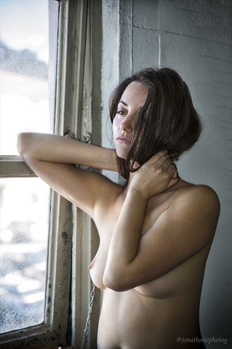 woman artistic nude photo by photographer jonathan c