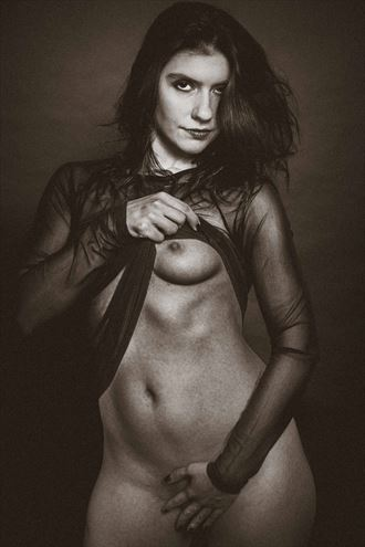 woman in black erotic photo by photographer gerdsteuer
