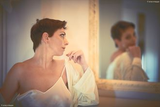 woman lingerie photo by photographer ervemiozzo