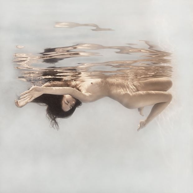 woman underwater artistic nude photo by photographer dml