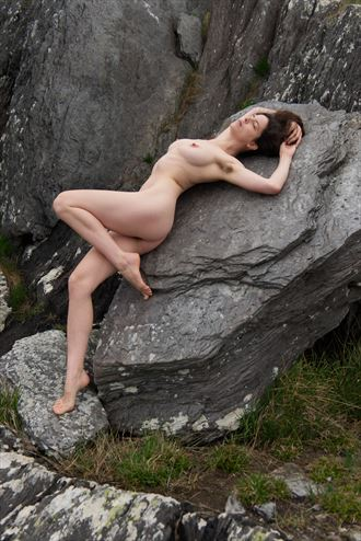 world of stone artistic nude photo by photographer celtic glamour