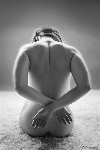 wrist crossed Erotic Photo by Photographer FotoArcade
