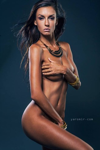 www.yaromir.com Artistic Nude Photo by Model Model AK
