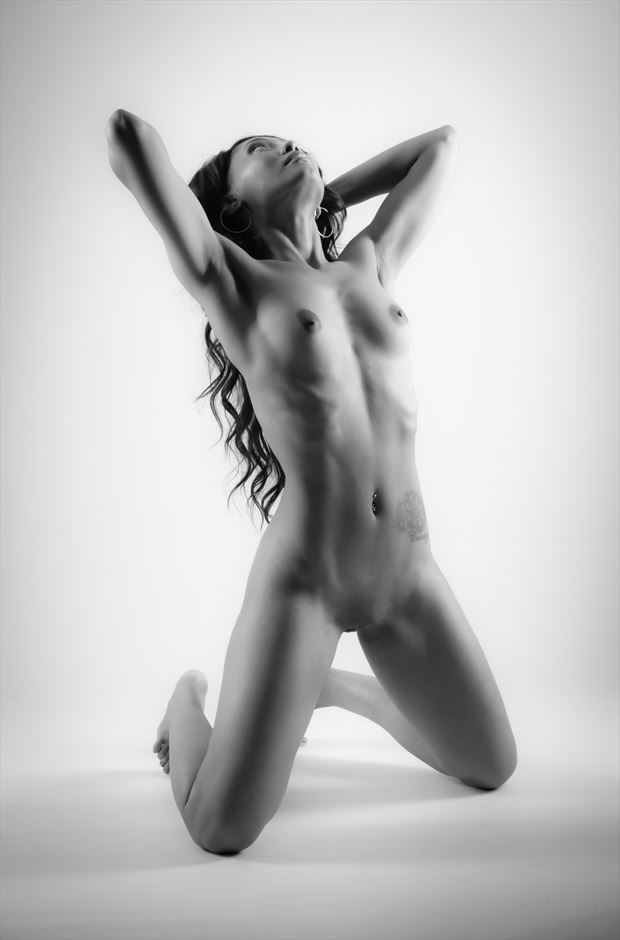 x artistic nude photo by photographer allan taylor