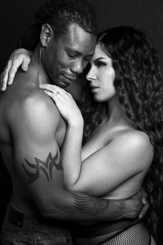 x y sensual photo by photographer mikegthehotog