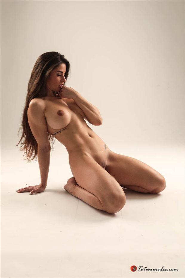 zaira artistic nude photo by photographer tato morales