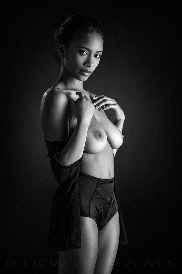zalia 02 artistic nude photo by photographer rik williams