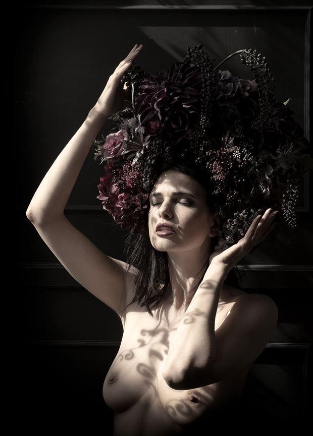 zoi noir artistic nude photo by photographer benernst
