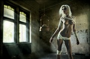 zone out Artistic Nude Artwork by Photographer felipmars