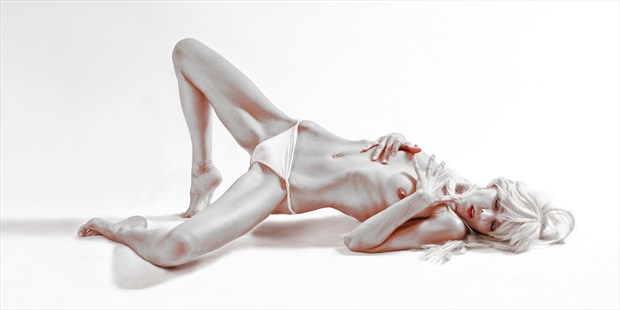 A life story Artistic Nude Photo print by Photographer Arton