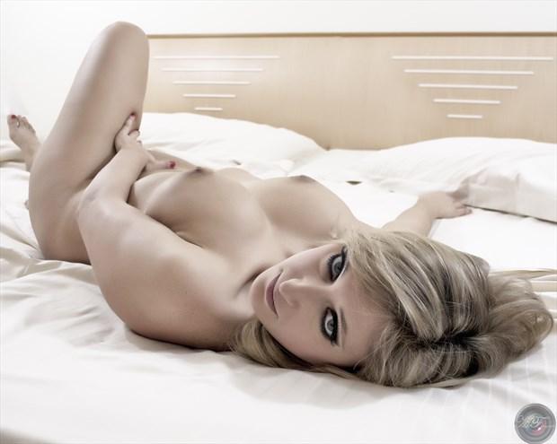 Alexis 05 Artistic Nude Photo print by Photographer MFPhotographer60