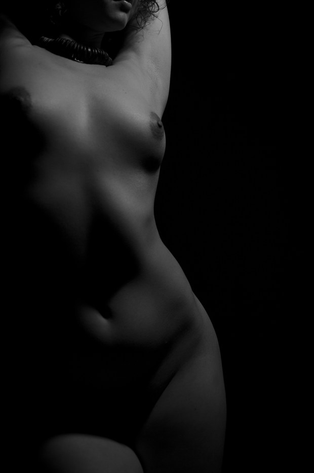 Artistic Nude Chiaroscuro Photo print by Photographer Adero
