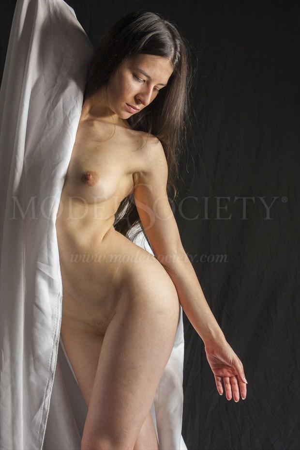 Artistic Nude Chiaroscuro Photo print by Photographer Ozols