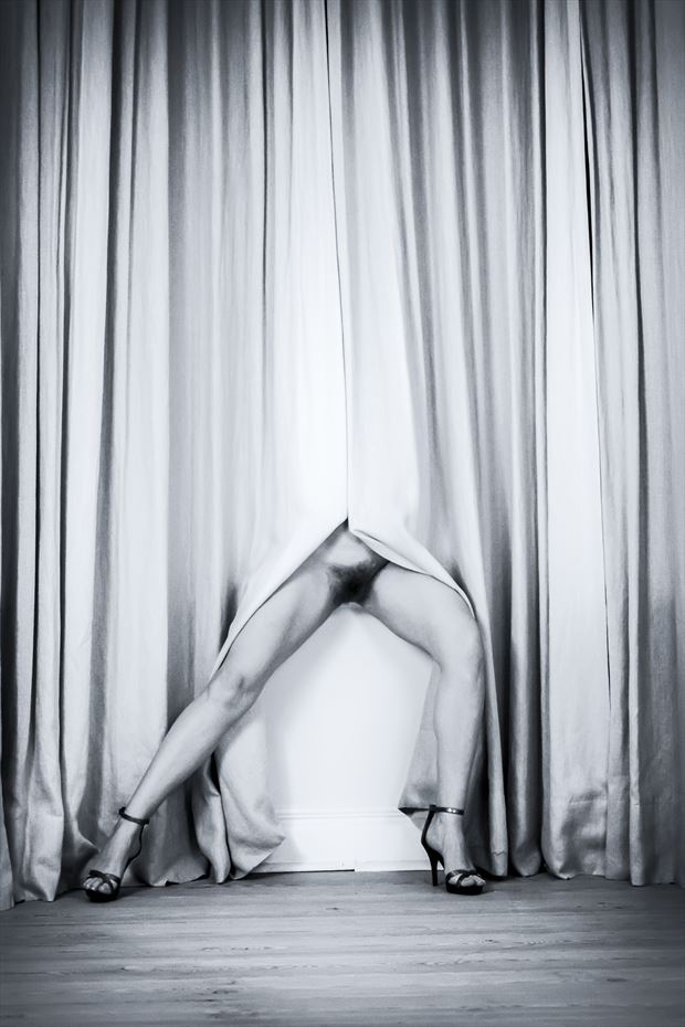 Artistic Nude Figure Study Photo print by Photographer BenGunn