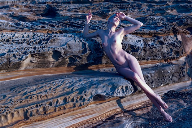 Caressed by Dawn's Light Artistic Nude Photo print by Photographer Stephen Wong