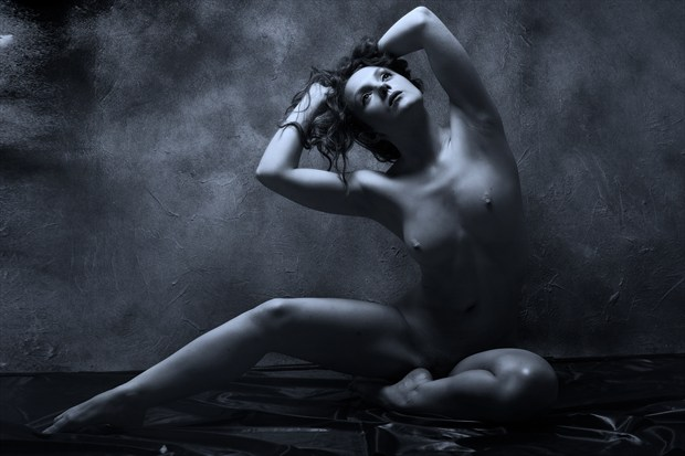 Contrasts Artistic Nude Photo print by Photographer Ray Kirby