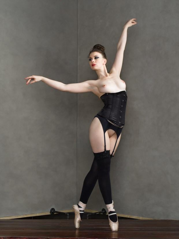 Dancer %231 Artistic Nude Photo print by Photographer Bruce M Walker