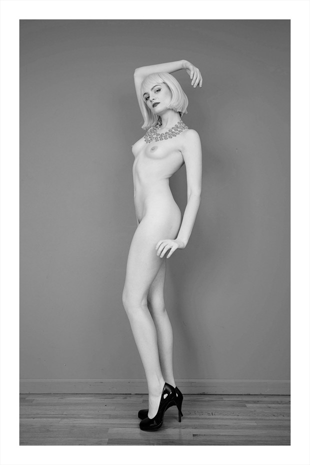 Elegance Artistic Nude Photo print by Photographer Carney Malone