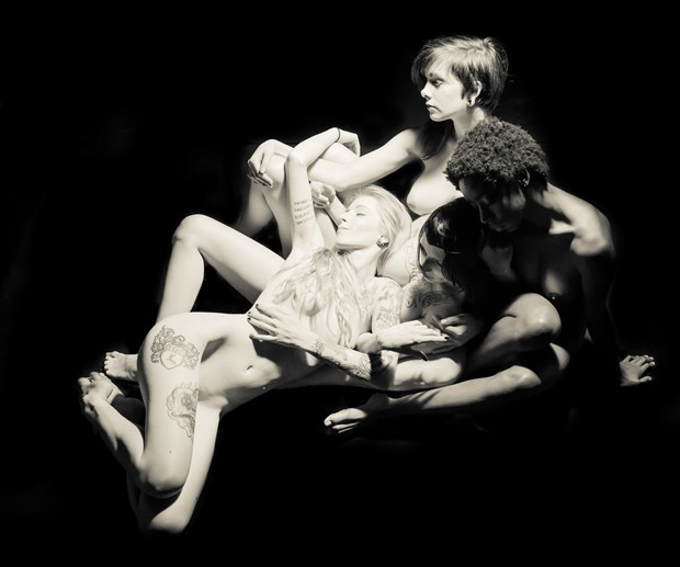 Endira, Sasha, Mo and Mandi 2 Artistic Nude Photo print by Artist Freddie Graves